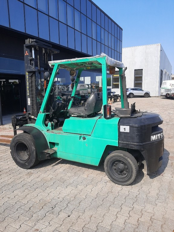 carrello usato mitsubishi 4000 kg