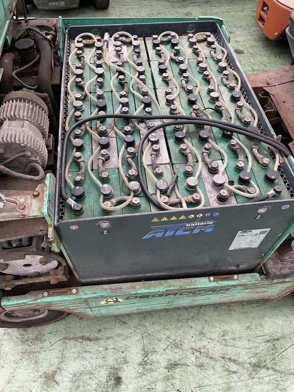 Carrello elevatore elettrico frontale Mitsubishi usato da 25Q. per rivenditore