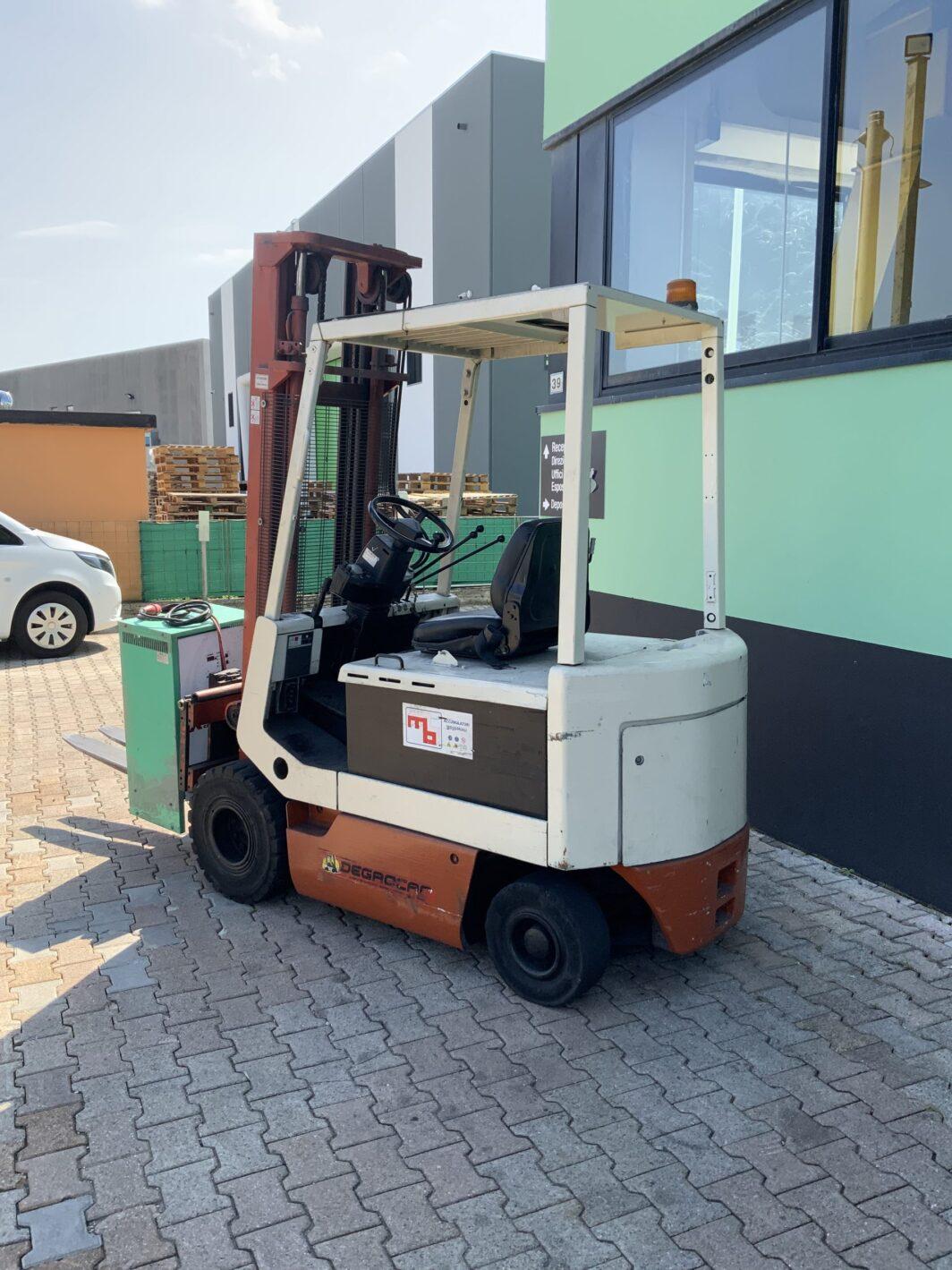 Carrello elevatore frontale elettrico muletto usato Nissan da 25q Degrocar Vicenza
